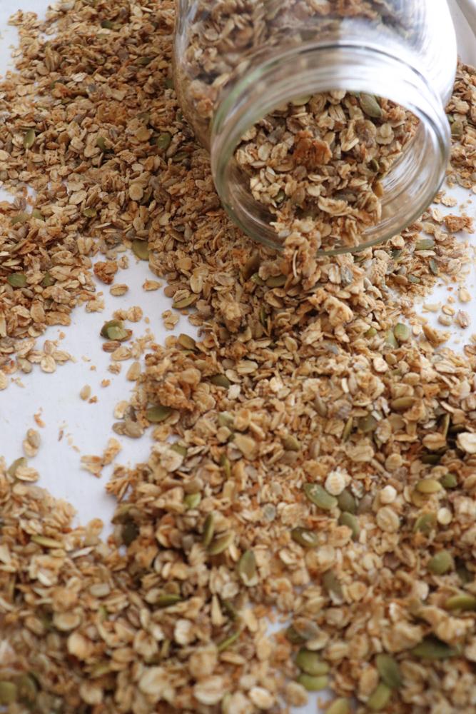 Seeded Granola