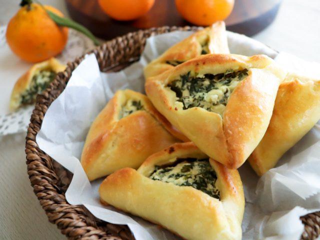 Spinach Cheese Fatayer